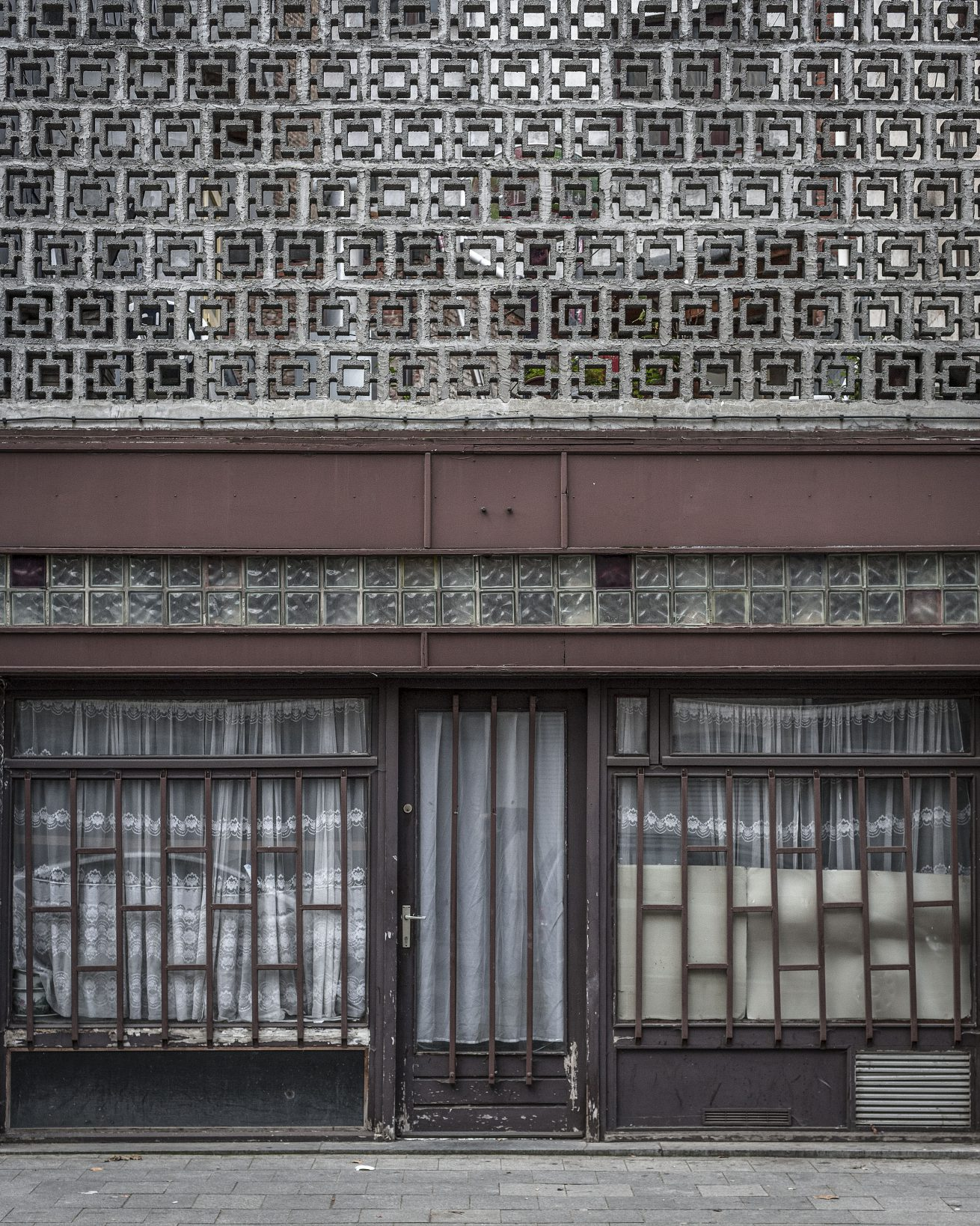 facade (3 van 11)